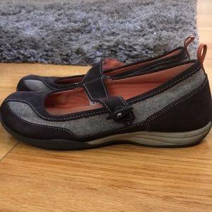 Lands End Maryjane Slip On Shoes